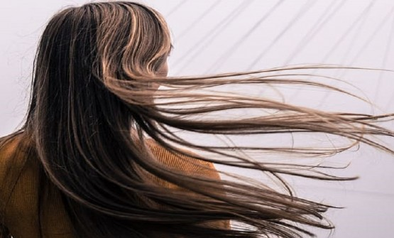 SYNTHETIC HAIR EXTENSION- A COMPLETE GUIDE