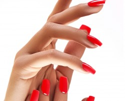 Dipping Manicure